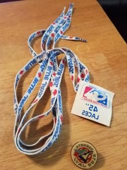 """Toronto Blue Jays Old Logo Pin and 45"""" shoe laces new with t"""